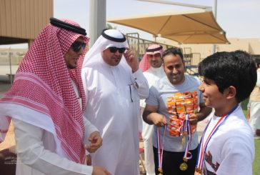 طلاب القسم المتوسط يختتمون فعاليات دوري كرة القدم